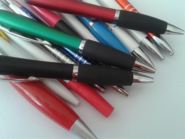 pens-532214_640